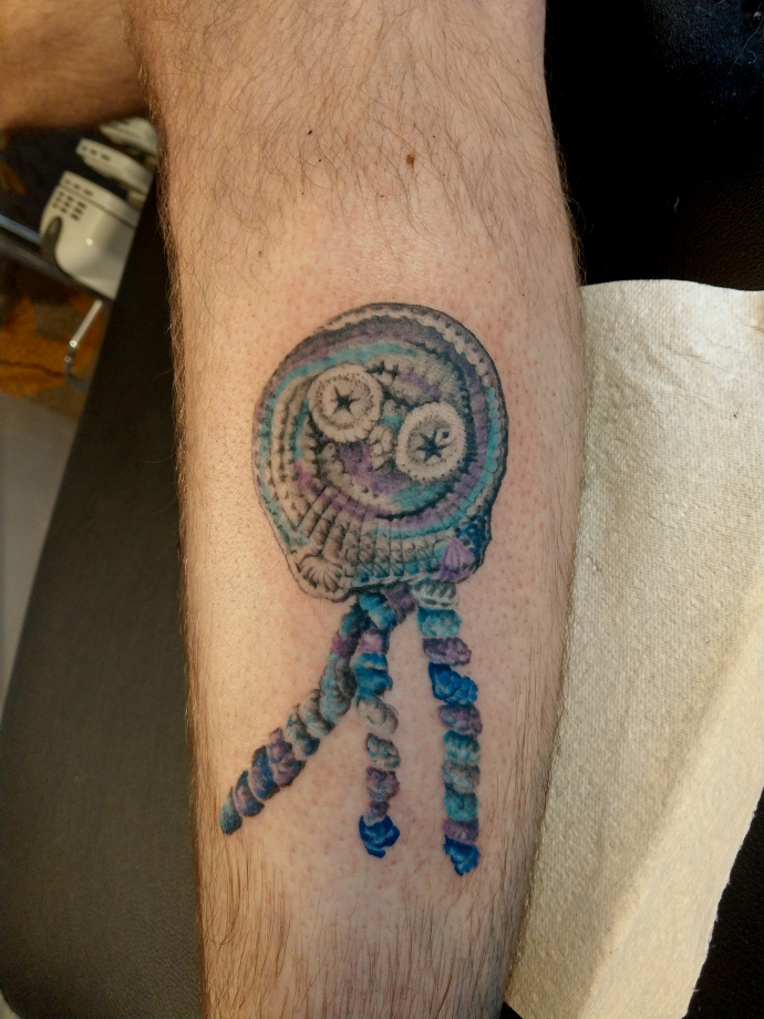 chrocheted preemie octopus tattoo